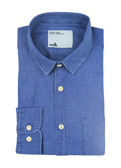 Folded Wolk Jasper linen shirt in the color washed indigo