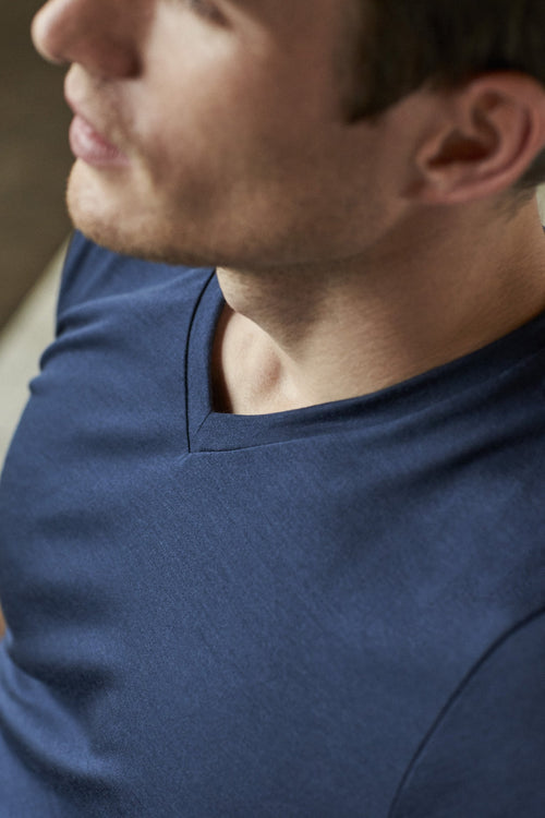 Wolk-Climaforce Merino T-shirt-Navy blue V-neck Europe