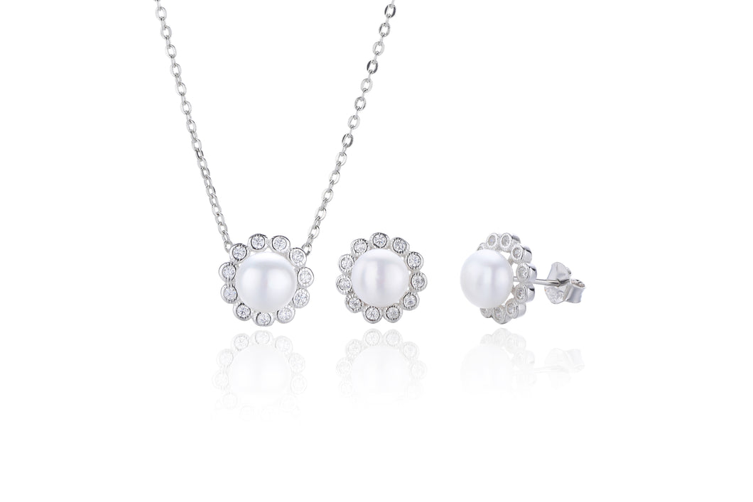 Silver Floral Pearl Earring and Necklace Set