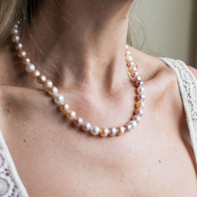 Load image into Gallery viewer, Peaches & Cream Cultured Freshwater Pearl Necklace