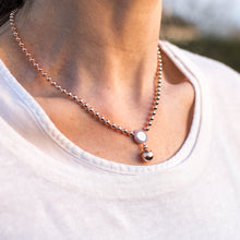 Load image into Gallery viewer, REBECCA Boulevard Necklace - Rose