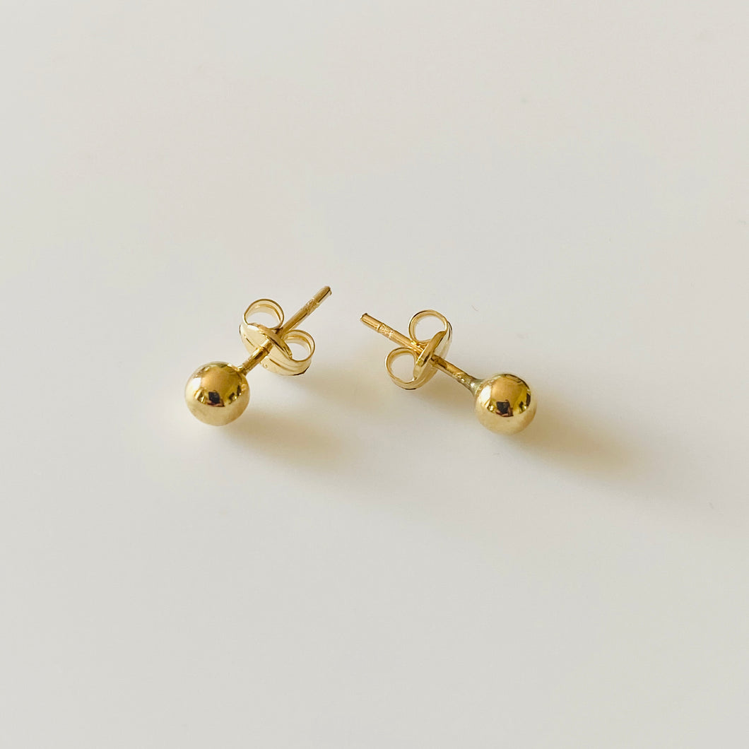 18ct Yellow Gold 4mm Ball Stud Earrings