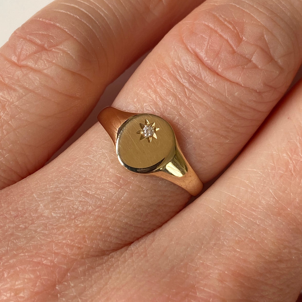 9ct Gold CZ Set Signet Ring