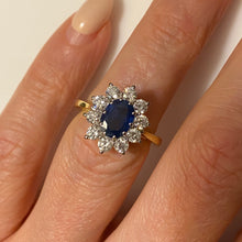 Load image into Gallery viewer, 18ct Gold Sapphire & Diamond Ring