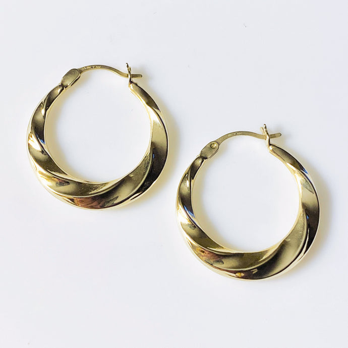 9ct Gold Fluted Creole Hoop Earrings