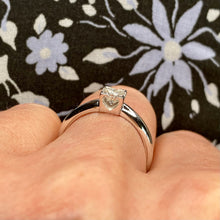 Load image into Gallery viewer, 18ct White Gold Princess Cut Diamond Solitaire 0.40ct