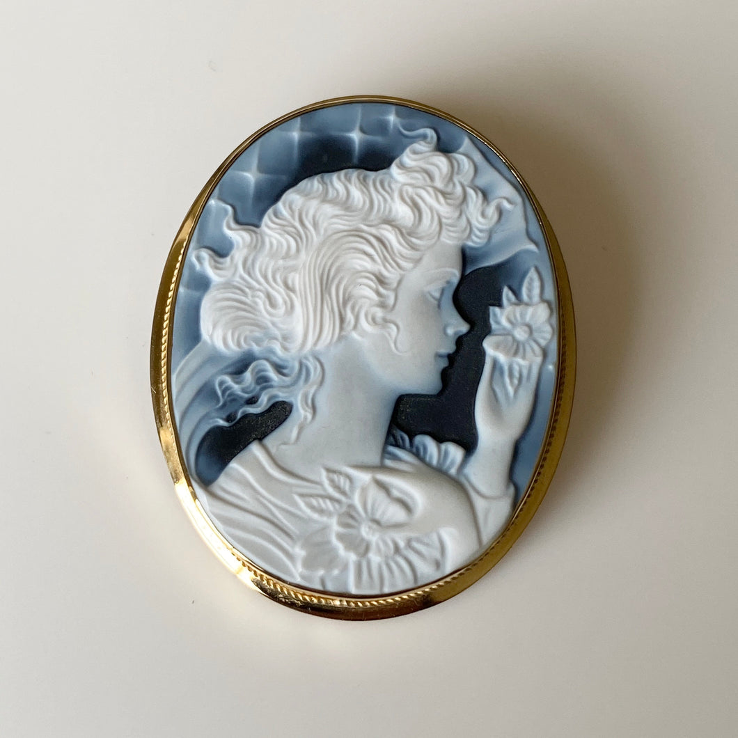 18ct Gold Black Agate Lady Cameo Brooch/Pendant - Large
