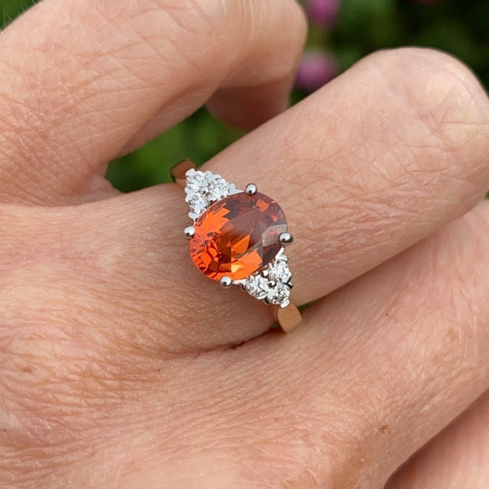 18ct Gold Orange Sapphire & Diamond Ring