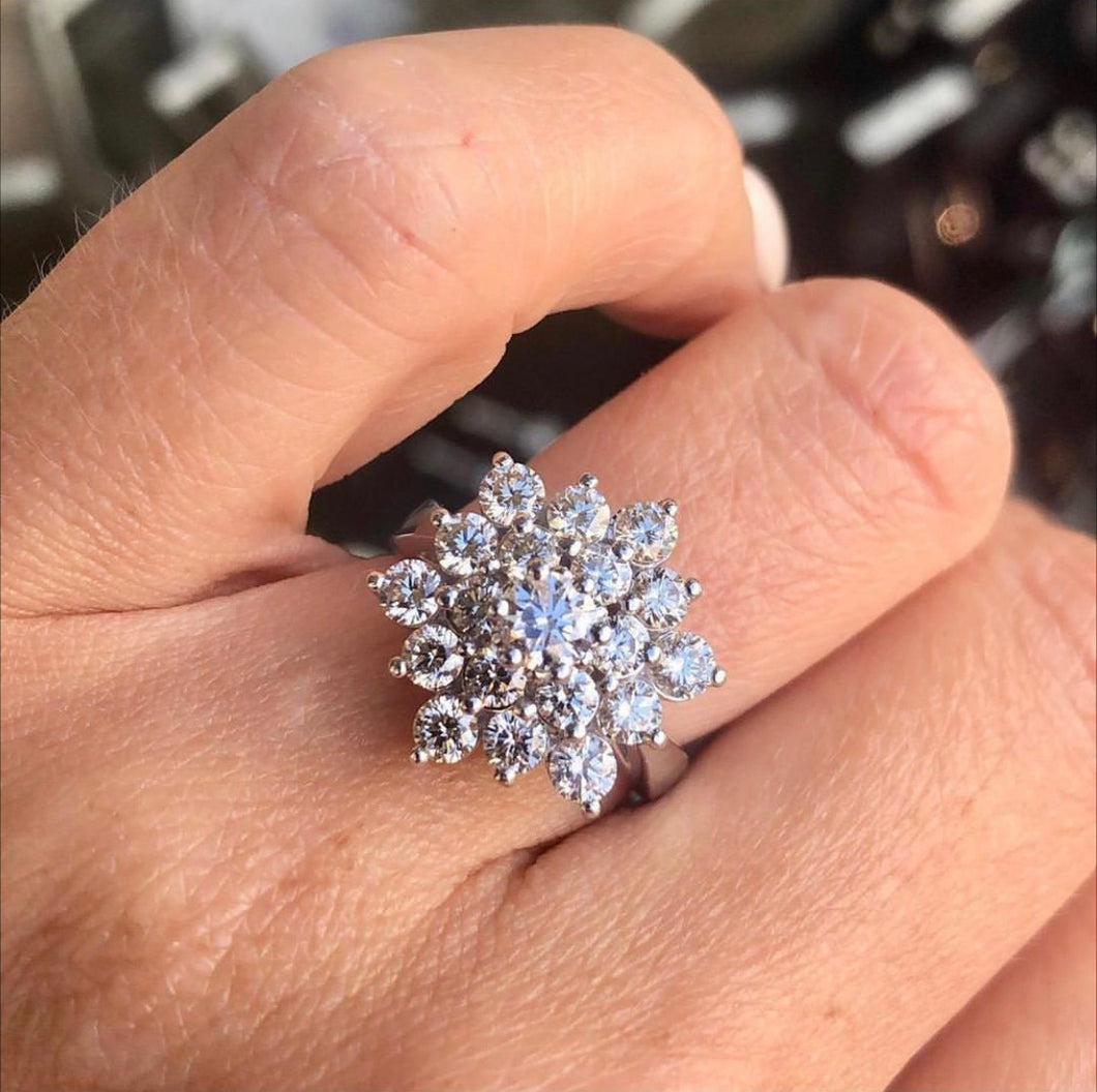 9ct White Gold 2ct Diamond Cluster Ring