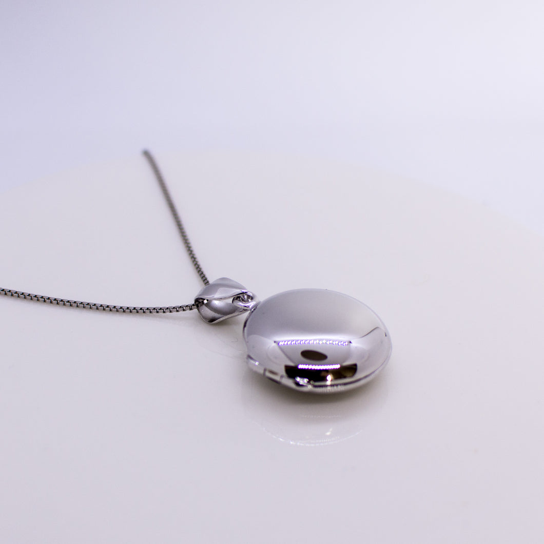 Silver Polished Round Locket and Chain