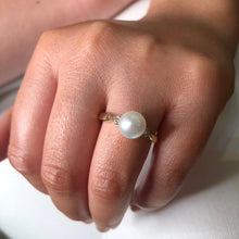Load image into Gallery viewer, 9ct Gold Cultured Pearl & Diamond Ring