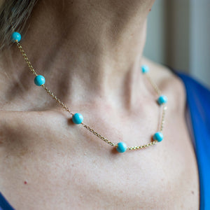 18ct Gold Turquoise Bead and Chain Necklace 46cm long 18ct yellow gold