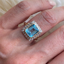 Load image into Gallery viewer, 9ct Gold Blue Topaz & Diamond Ring