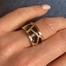 Load image into Gallery viewer, Les Georgettes Les Précieuses Girafe 12mm Ring - Gold