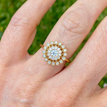 Load image into Gallery viewer, 18ct Yellow Gold Cluster Diamond Ring