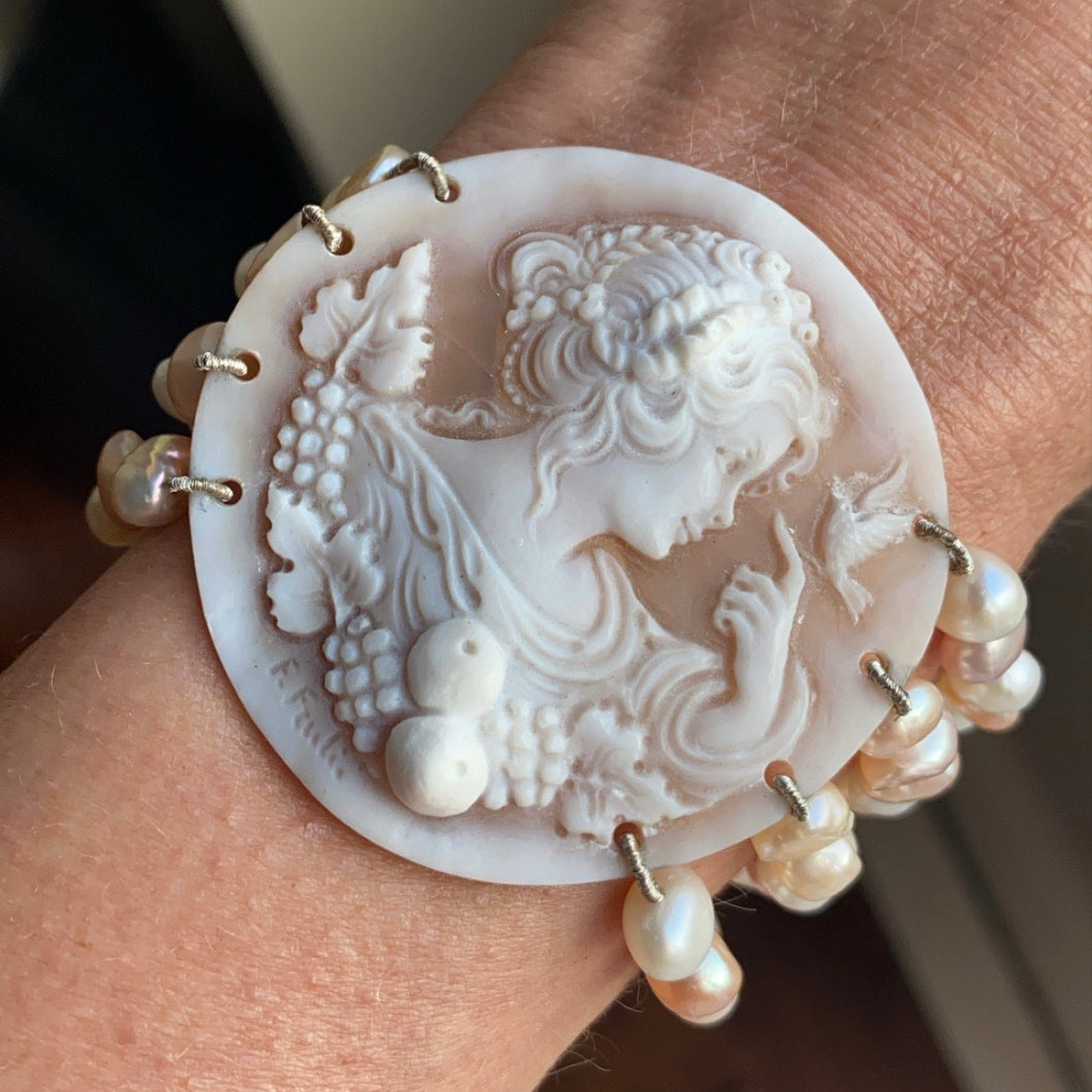 Cameo, Pearl and Black Coral Bracelet