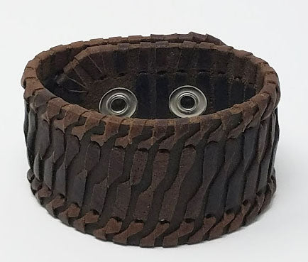 Twisted Design Leather Cuff