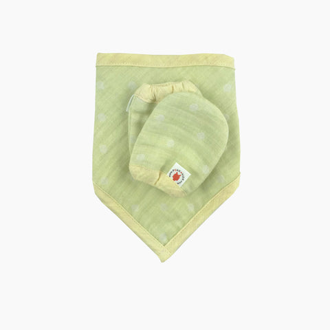 Lime 100 % GOTS certified organic cotton bandana bib and mittens baby gift set made in USA
