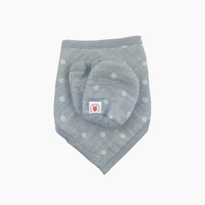 charcoal 100 % GOTS certified organic cotton bandana bib and mittens baby gift set made in USA