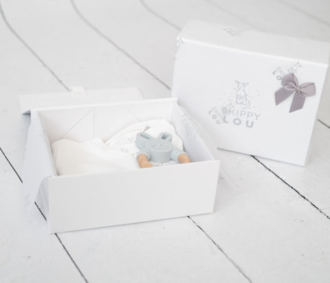 Neutral New Baby Gift Set