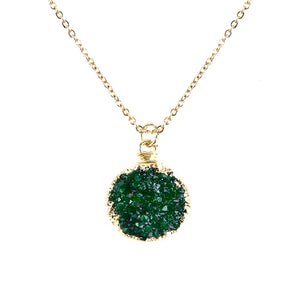 Emerald Green Toned Faux Geode Crystal Gold-tone Pendant On Exciting Adjustable Gold-tone Chain Link Necklace