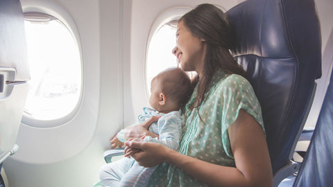 Person - Traveling while breastfeeding?  Follow this recommendations