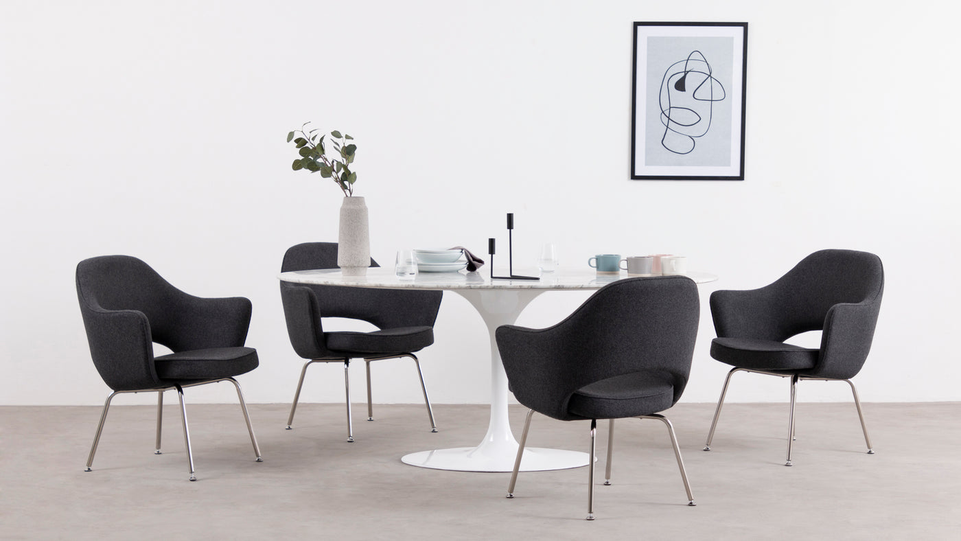 A true people-pleaser|Unquestionably worthy of the highest praise, this revolutionary seating solution offers endless hours of comfort, making it ideal for hard-working executives and creative minds.