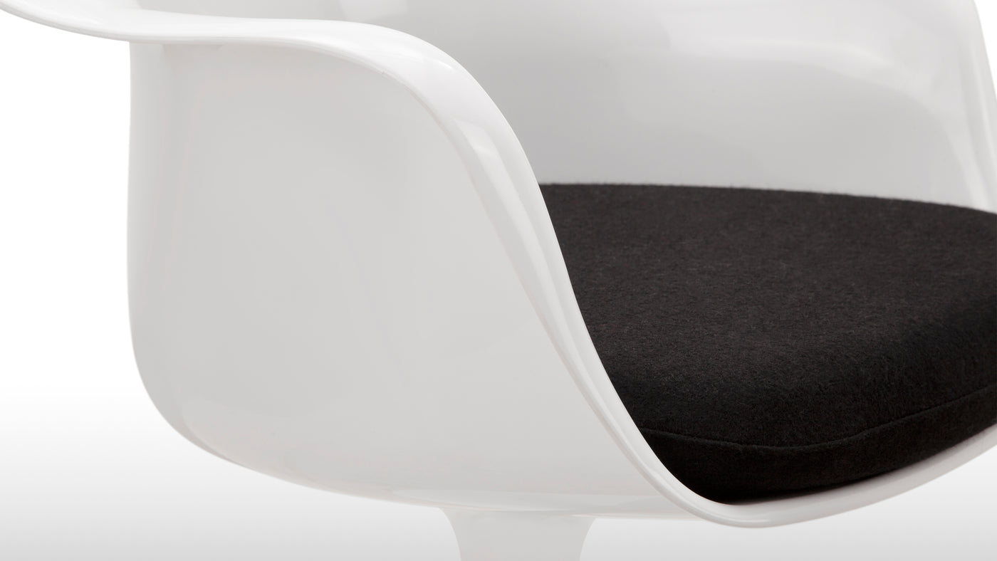 Constructed with care|Crafted from sleek polypropylene, hardwearing aluminum, and featuring a popular swivel feature, this chair is built for regular, long-term use.