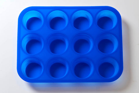 12 Cavity Round Cake/Jelly/Soap Silicone Soap Mould B0015