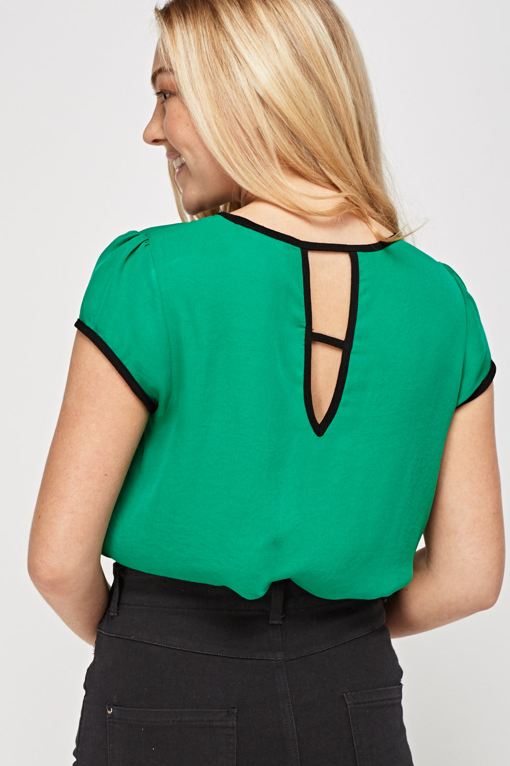 Top espalda cut out - MiTiendaSecreta
