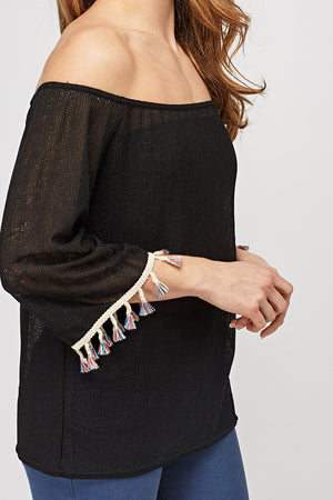 Top off shoulder con borlitas - MiTiendaSecreta