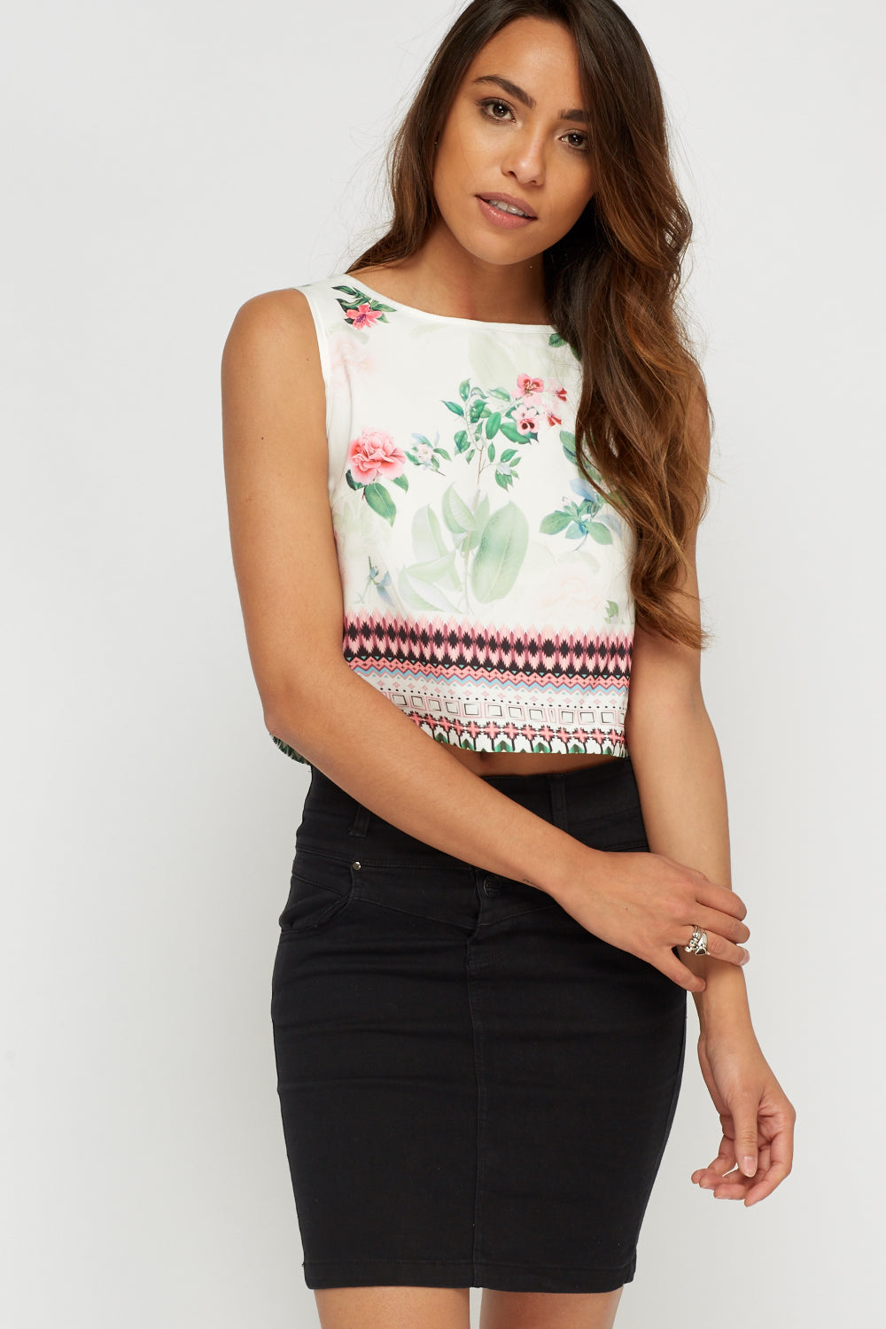 Crop top estampado - MiTiendaSecreta