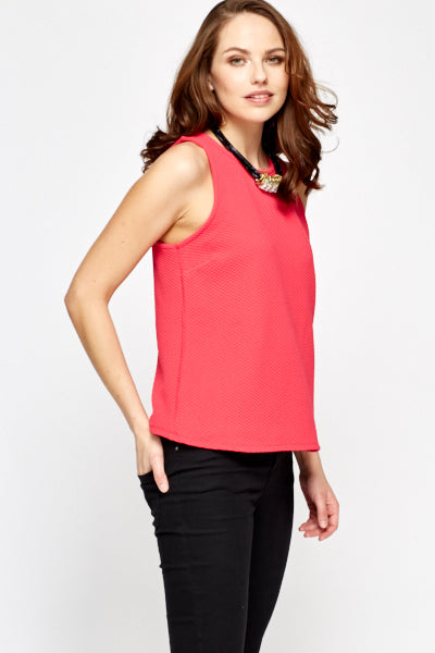 Top fucsia cut out
