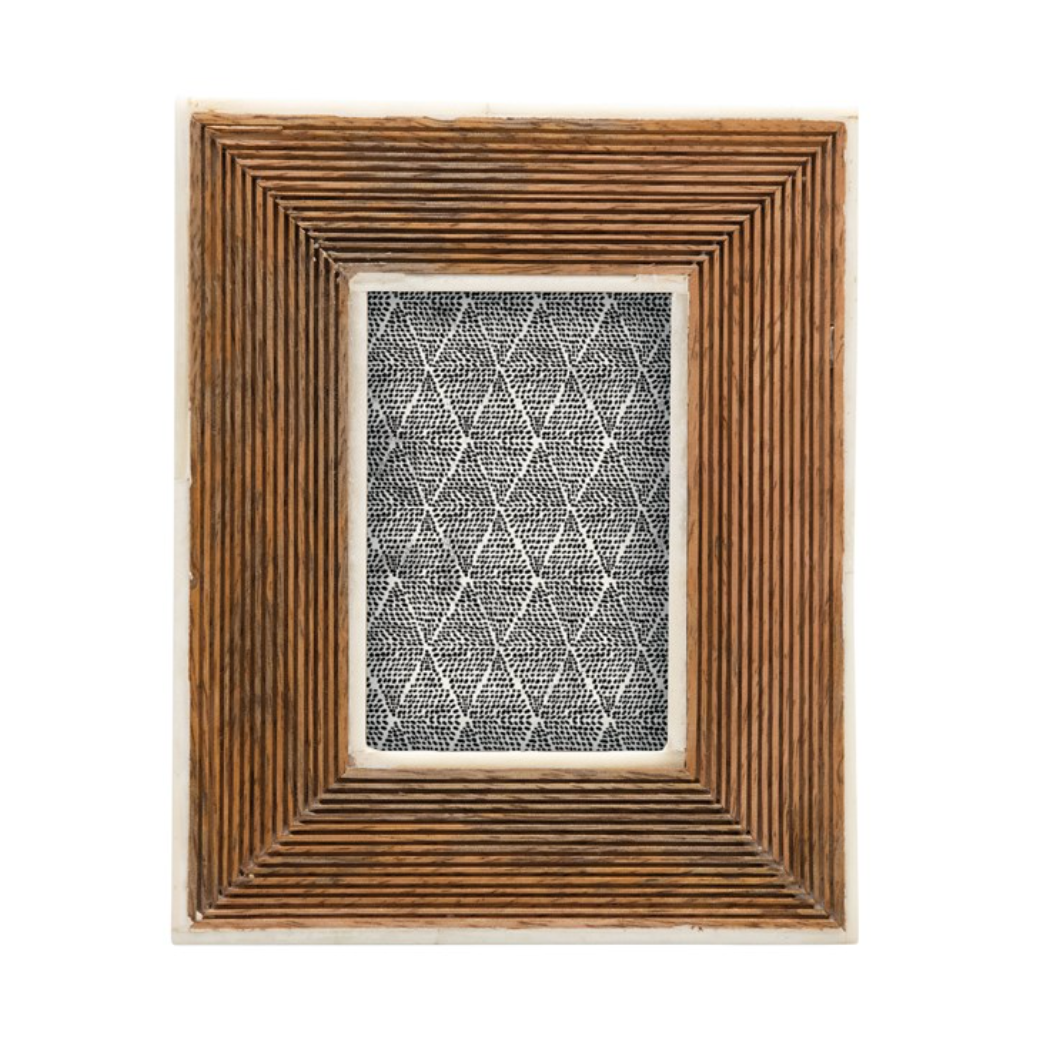 Ribbed Mango Wood Photo Frame