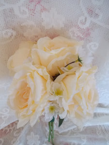 Delicate Apricot Bridesmaid bouquet