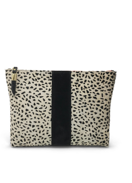 Kempton & Co. Cheetah Print Medium Pouch