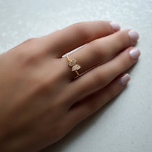 FLY AWAY WITH ME CHAIN RING, GOLD ONLINE EXCLUSIVE