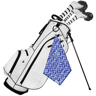 Fashionable Waffle Texture Microfiber Golf Towel complete with clip. The blue and white diamond pattern is a beautiful look to add to your golf game!