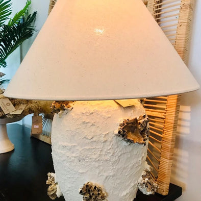 Sea Shell & Coral White Pottery Table Lamp - Canggu & Co