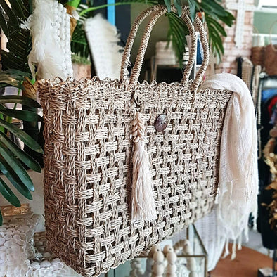 Natural Woven Water Hyacinth Bag With Coconut Shell Button - Canggu & Co