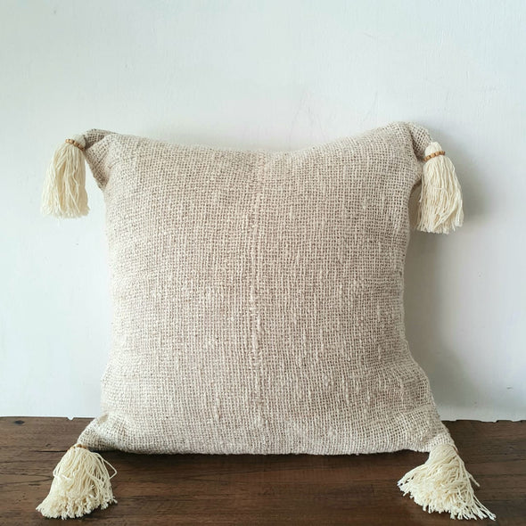 Natural Colored Raw Cotton Cushion With Tassels