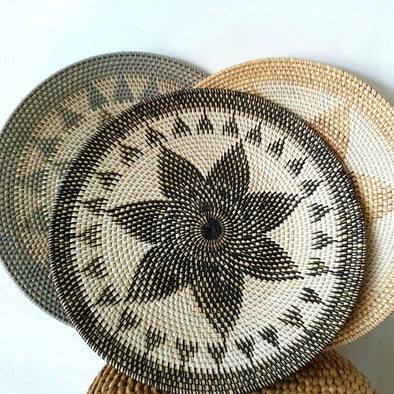 Woven Rattan Wall Plate Set With Flower Motif
