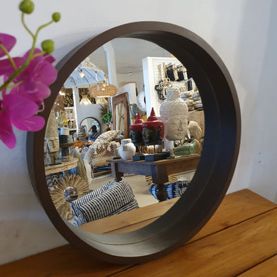 Brown Round Wooden Wall Mirror Set