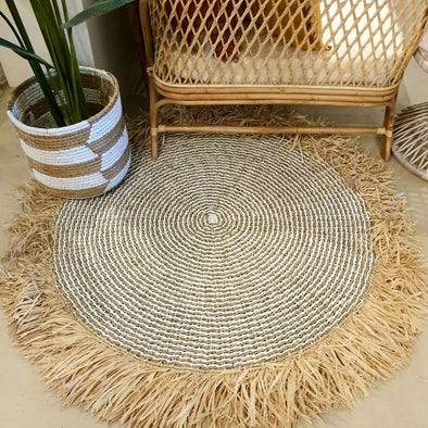Large Round Natural Straw Grass & Raffia Floor Mats With Fringe