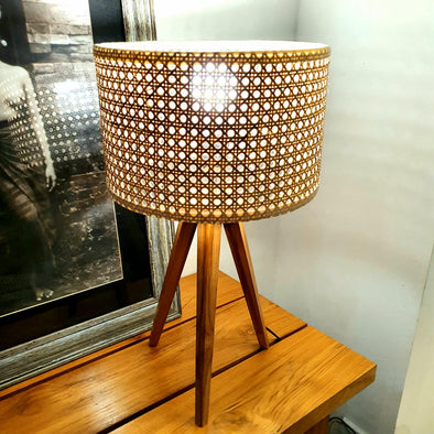 Natural Woven Bamboo Shade Table Lamp