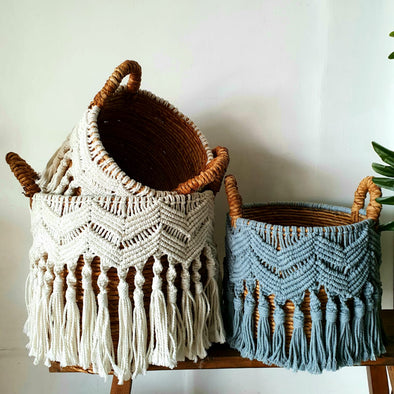Vintage Style Banana Leaf And Macrame Basket Set