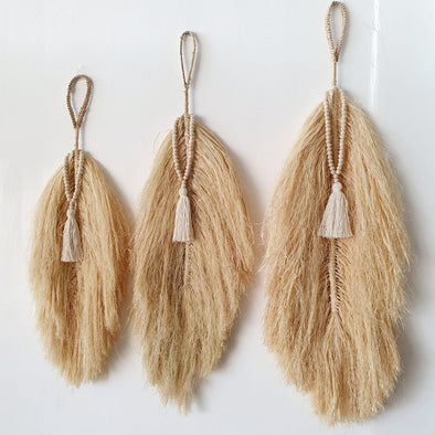 Straw Grass Leaf Style Wall Set With Beaded Tassels