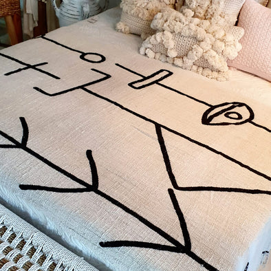 Black Arrow & Line Pattern Motif Throw With Fringe