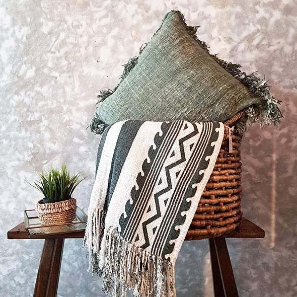 Green Tribal Pattern Raw Cotton Throw With Fringe - Canggu & Co