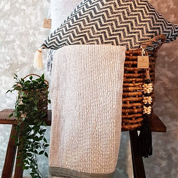 Light Grey Raw Cotton Throw With White Stitch Pattern